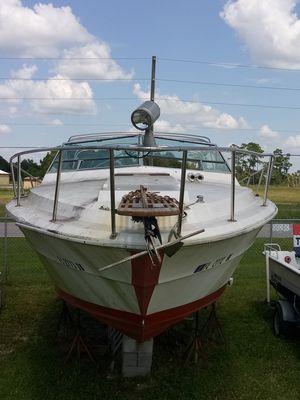 30' Sea Ray 1977 Sedan Project Hull for Sale in Punta Gorda, FL