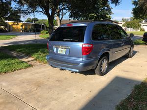 2007 Chrysler Town & Country mini van for Sale in Seminole, FL