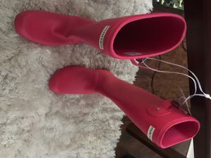 Pink hunter rain boots for $100 BRAND NEW NEVER WORN !!! for Sale in Philadelphia, PA