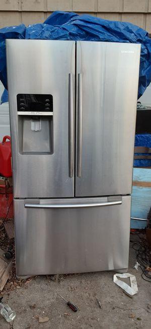 Samsung Refrigerator for Sale in Victoria, TX