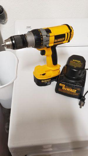 14.4v Dewalt Drill for Sale in Hesperia, CA