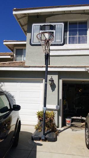 Basketball hoop for Sale in Fontana, CA