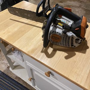 STIHL Gas Powered Chainsaw 200 Obo for Sale in Glendale, AZ