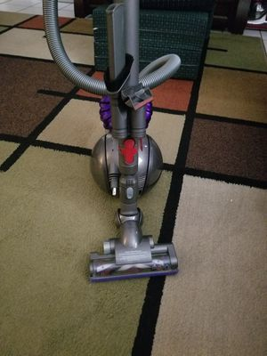 Dyson mini cannister vacumn DC47 for Sale in St. Peters, MO