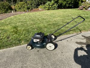 Briggs & Stratton Mulching Push Mower for Sale in Puyallup, WA