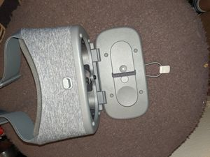 Google headset VR Daydream for Sale in Costa Mesa, CA