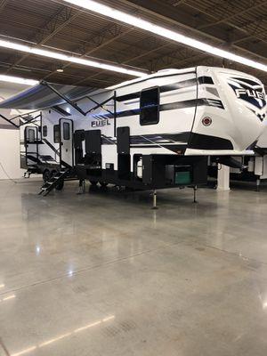 Heartland Fuel 5th wheel toy hauler RV for Sale in Spring, TX