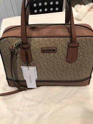 Calvin Klein Women's bag brand new for Sale in Montgomery, IL