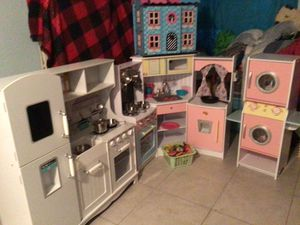 Kids play kitchens and doll house for Sale in Ruskin, FL