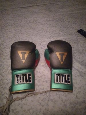 Boxing gloves for Sale in Eastvale, CA