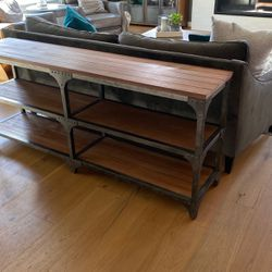 Sofa Table for Sale in Lake Stevens,  WA