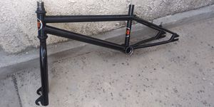 "20"" 1998 Gt frame and fork for Sale in Lakewood, CA"