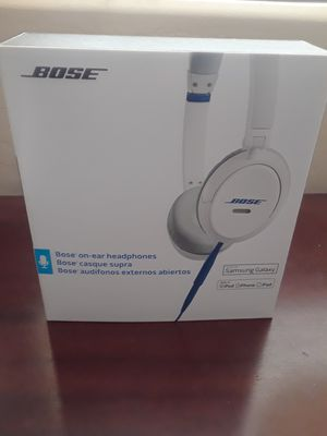 Bose Headphones - Like New for Sale in Goodyear, AZ