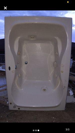 Hot Tub for Sale in Laredo, TX