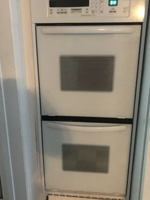 Kitchen Aid Double Wall Oven for Sale in Glyndon, MD