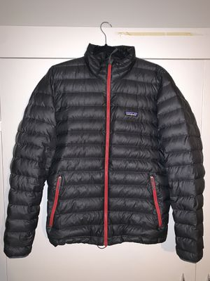 Patagonia Men's Medium Down Jacket for Sale in Portland, OR
