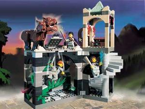 Lego - Harry Potter - 4706 Forbidden Corridor for Sale in Las Vegas, NV