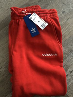 ADIDAS🍄 Oversized Coeeze Red Sweats for Sale in Fort Mill, SC