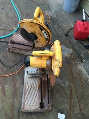 2 table saws and 3 pairs of scaffolds for Sale in San Antonio, TX