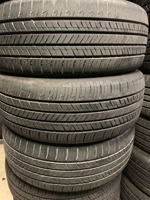 Tires 215-55r17 hankook for Sale in Anaheim, CA
