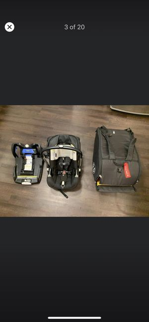 Doona car seat and stroller for Sale in Concord, NC