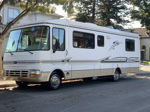 2002 Rexhall Class A 30FT RUNS GREAT for Sale in Tracy, CA