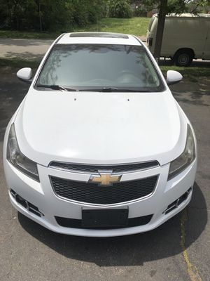 2011 Chevy Cruz RS for Sale in St. Louis, MO