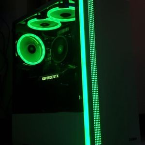 Barely used 900 Gaming pc (SPECS BELOW) for Sale in Fontana, CA