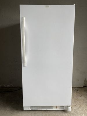 *Clean* 14.0 Cubic Ft. Kenmore Freezer for Sale in Seattle, WA