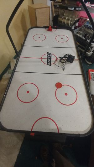 Stats air hockey table for Sale in Miami Beach, FL