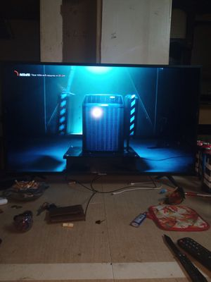 Hisense smart tv 40 inch for Sale in St. Louis, MO
