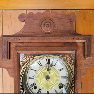 Antique clock for Sale in Katy, TX