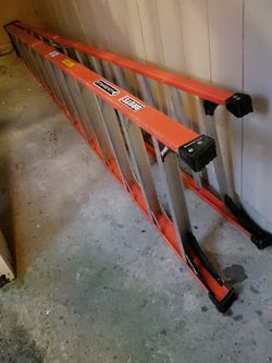 12ft Louisville Brute 375lbs ladder for Sale in Portland,  OR