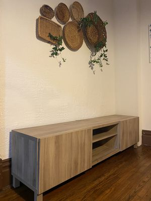 TV STAND- walnut color for Sale in Greensburg, PA