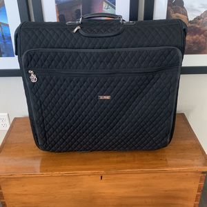 Vera Bradley garment Bag On Rollers for Sale in Las Vegas, NV