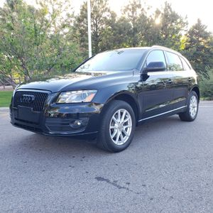 Audi q5 premium 3.2 fsi for Sale in Littleton, CO