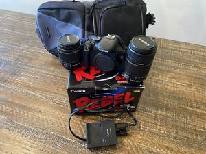 Canon Rebel T3i & Bag for Sale in Burleson, TX