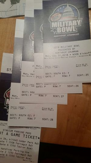 Military Bowl 4 tickets - Cincinnati vs Virginia Tech for Sale in Vienna, VA