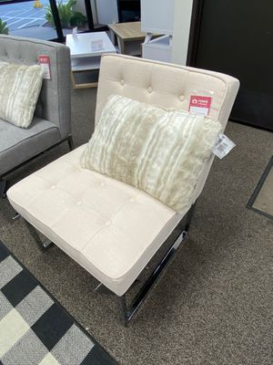 Accent Chair with Crome Legs, Ivory for Sale in Santa Fe Springs, CA