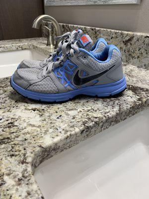 Size 6.5 women's Nike's for Sale in Wenatchee, WA
