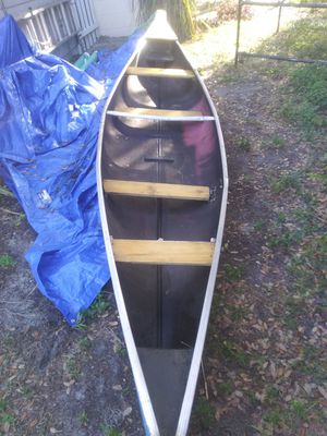 16 ft canoe new seats new tounge no cracks or holes for Sale in Winter Haven, FL