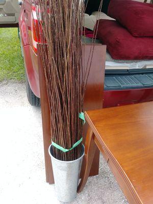 Tin plant holder for Sale in Palmetto, FL