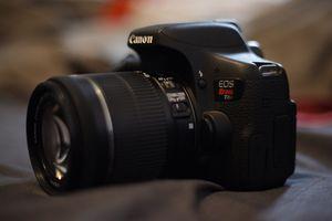 Canon Rebel T6i for Sale in Rossmoor, CA