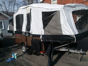 2017 lone wolf Harley Davidson pop up camper for Sale in Knoxville, TN