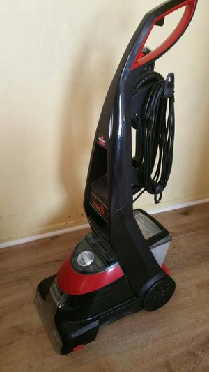 Bissell proheat carpet cleaner for Sale in Los Angeles, CA