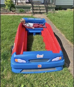 Race car twin bed for Sale in Columbus, OH