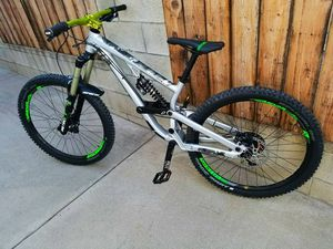 Scott Voltage Downhill Mountain Bike for Sale in Baldwin Park, CA