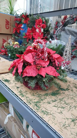 CHRISTMAS BASKET for Sale in Long Beach, CA