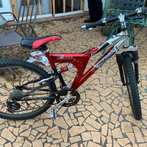 26' Men's Mongoose XR 100 21 Speed Mountain Bike for Sale in Columbia, SC