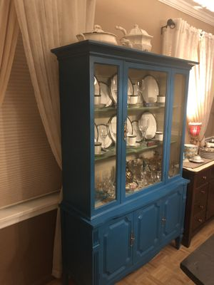 Traditional solid wood cabinet and hutch for Sale in St. Louis, MO
